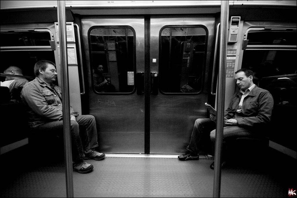 Pessoas Metro Metrô São Paulo Sampa Sao Paulo